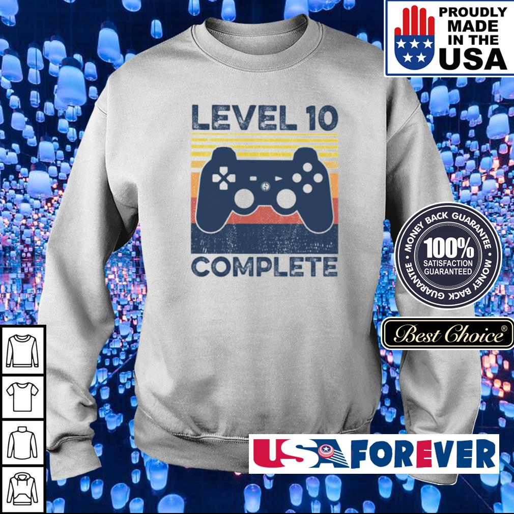 Game level 10 complete vintage s sweater